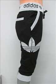Adidas crne 3/4 bermude