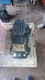Popravka poluhermetičkih kompresora