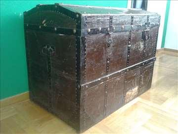 150 god. stari kovčeg