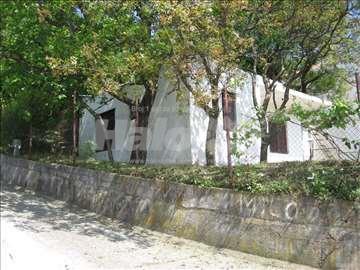 Kuća sa placem prodaja
