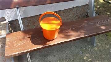 Plastične kantice od 5 litara