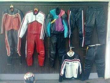 Rasprodaja polovnih jakni i pantalona
