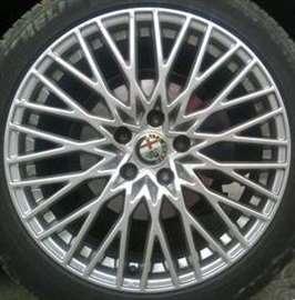 Alfa Romeo alufelne 18''