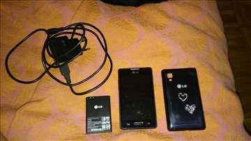 Prodajem pokvaren LG - E440