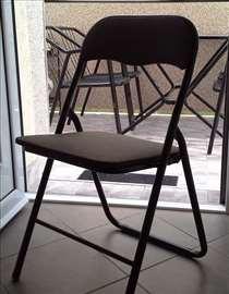Metalna stolica na rasklapanje