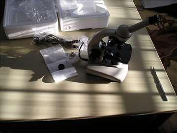 Mikroskop monokularni do x400