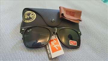 Ray Ban Wayfarer crne sunčane naočare