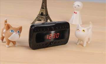 Špijunska DVR kamera - stoni sat