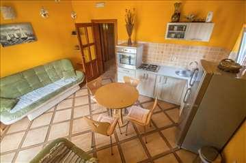 Apartman 1 - Crna Gora. Risan