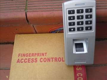 Samostalni biometrijski čitač sa šifarnikom