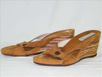 Ženske papuče Fellini
