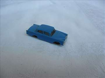 Autić Mercedes, 1:87, plastika