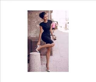 30) Crna letnja haljina više boja