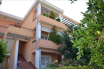 Crna Gora, Utjeha, apartmani i sobe