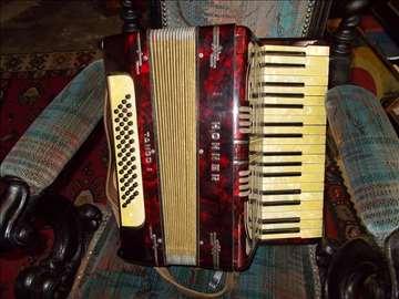 Stara harmonika