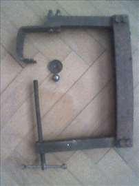 Alat za demontažu i montažu ventila za NSU
