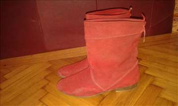 Čizmice crvene prevrnuta koža