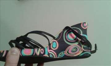 Ženske sandale br. 39