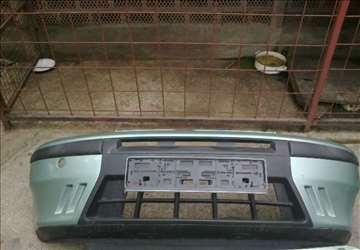 Prednji branik Fiat Punto