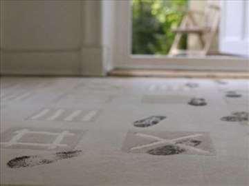 Najpovoljnije čišćenje tepiha, itisona, staza