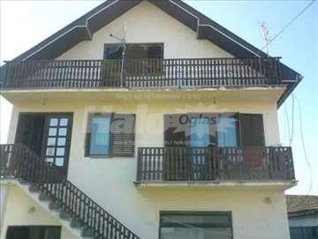Kuća na prodaju sa halom može-zamena za manju kuću