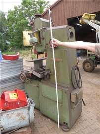 Vertikalna pehalni URPE mašina