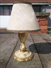 Lampa drvena