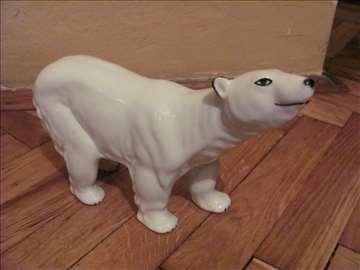Porcelan figura