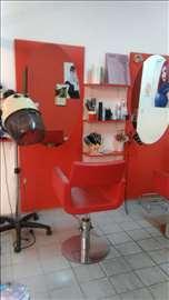 Na prodaju frizerski salon