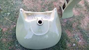 Umivaonik i WC šolja