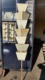 Saksije od stiropora za vertikalni uzgoj