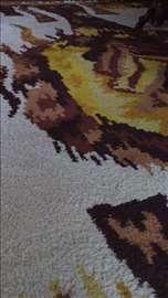 Vuneni tepih kao nov