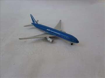 Avion Maisto Boing 777-200, Kina, očuvan, metal