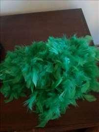 Prodaje se zeleno perje za uskršnja jaja