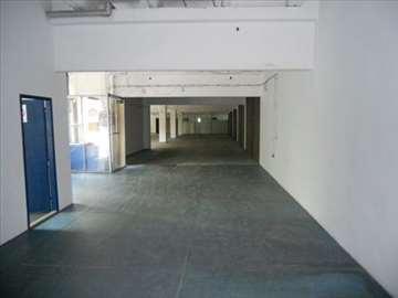 Magacinsko kacelarijski prostor za izdavanje