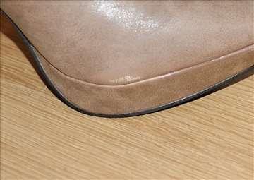 Krem cipelice 39 br.