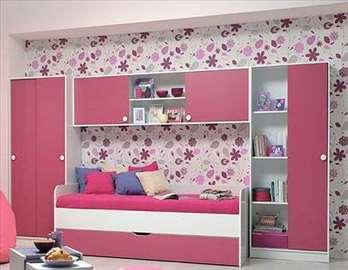 Dečja roze soba