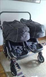 Odlična kolica za blizance i sintezis nosiljka
