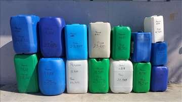 Plastične kante raznih veličina