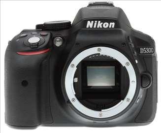 Fotoaparat Nikon 5300 samo 9500 slika