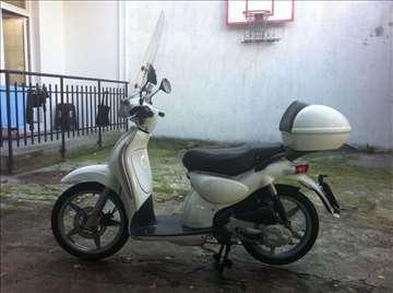 Aprilia Scarabeo 2003 100cc