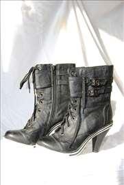 Čizme-duboke cipele, br.35