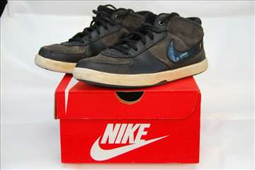 Nike, 36,5 crne