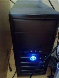 Polovni Gigabyte računar