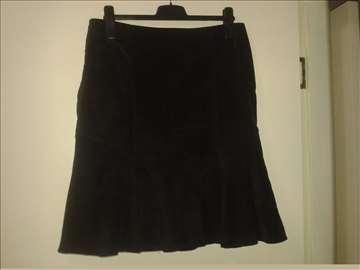 Crna suknja spandeks br. 42