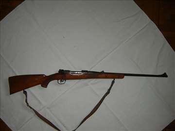 Prodajem lovački karabin Brno 8x57