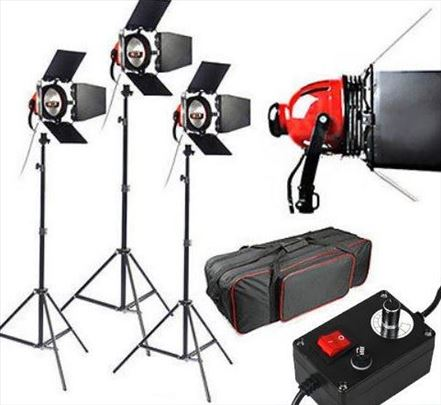 Red Head Halogen video svetlo 3 x 800W