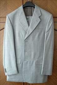 Italijansko odelo, čista vuna, vel. 50.Kao novo