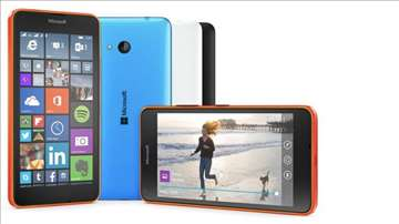 Telefon Microsoft 640 dual crni i beli