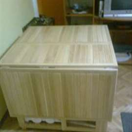 trpezarijski sto na rasklapanje